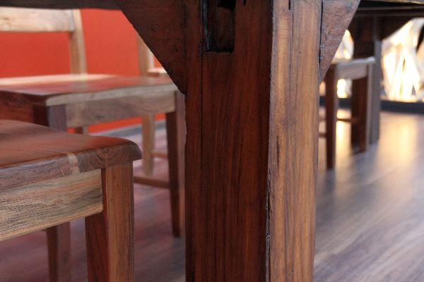 massivholz esstisch aus teak im antikstil. Black Bedroom Furniture Sets. Home Design Ideas