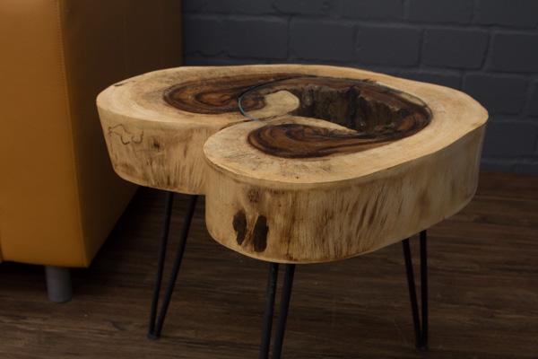 Massivholz Beistelltisch aus einer Suar Baumscheibe. 55x48cm ...
