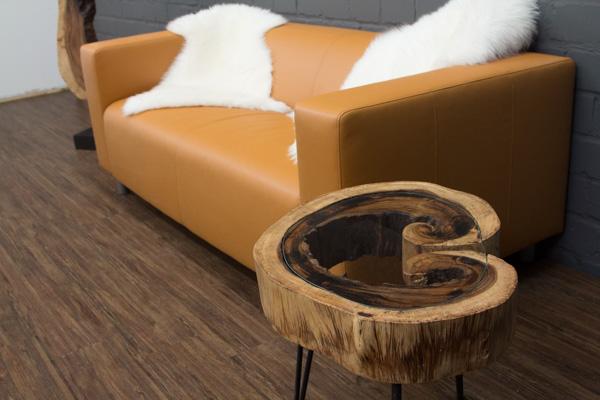 baumstamm tisch glasplatte best esstische couchtische und. Black Bedroom Furniture Sets. Home Design Ideas