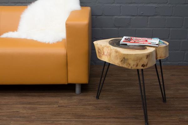 Beistelltisch massivholz baumstamm baumscheibe suar 57x50 for Beistelltisch baumstamm