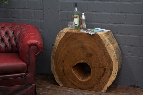 baumstamm konsole aus einer suar massivholz baumscheibe. Black Bedroom Furniture Sets. Home Design Ideas