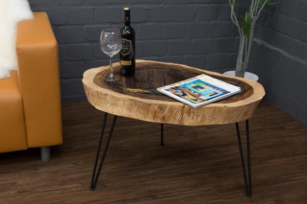 baumstamm couchtisch aus suar massivholz mit metallf en. Black Bedroom Furniture Sets. Home Design Ideas